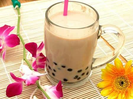 到台灣自由行不能錯過台灣著名的飲料「珍珠奶茶」!